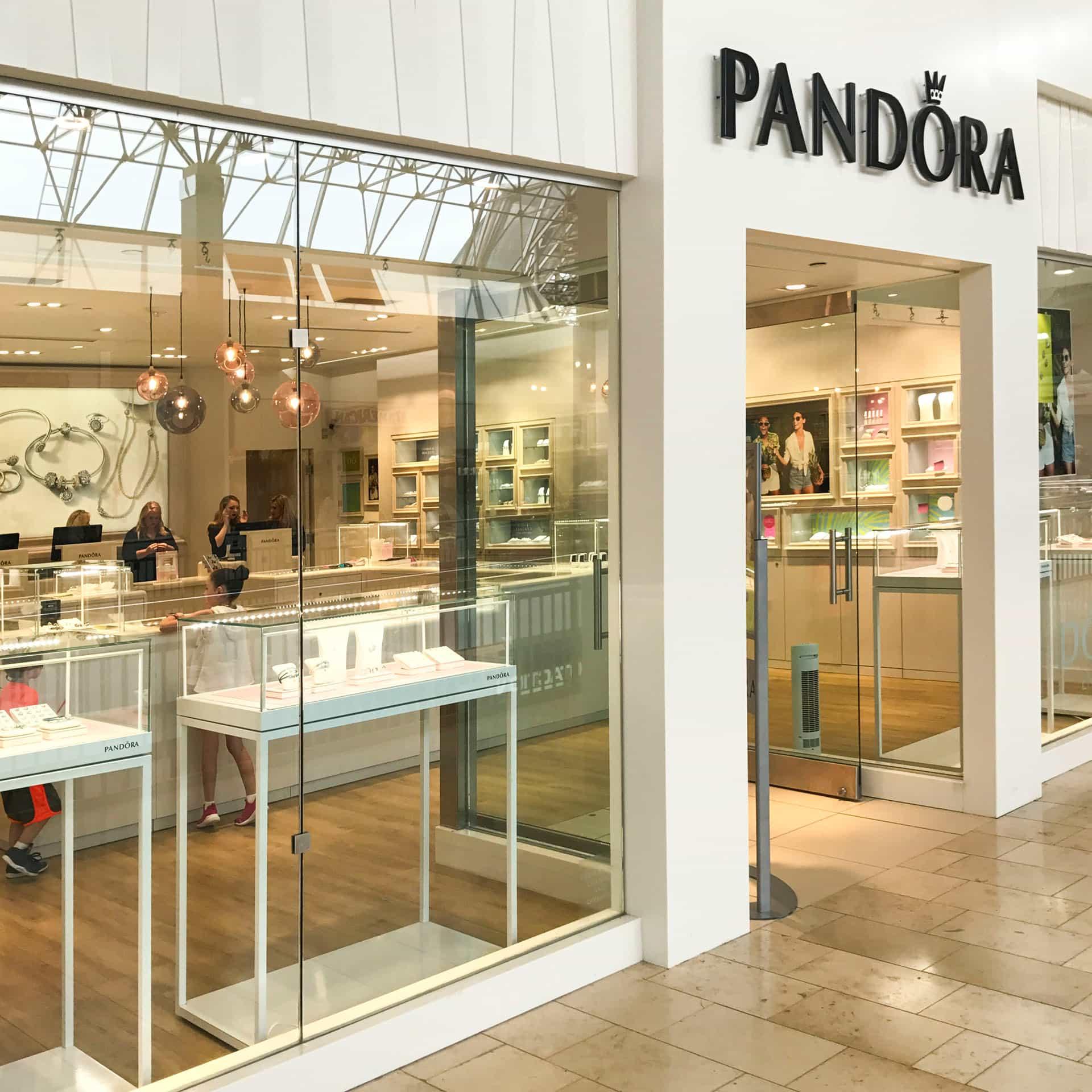 Pandora-Photo Jun 01, 1 16 16 PM